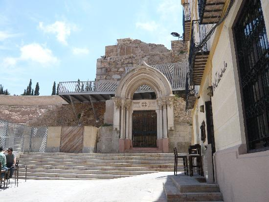 Kirchenruine am Röm. Theater in Cartagena