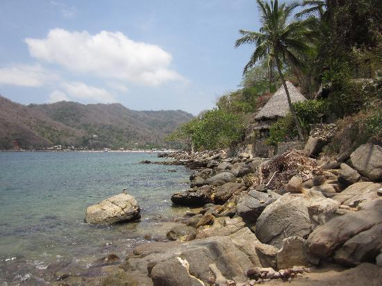 Casa Pericos: View towards main beach from boat ramp
