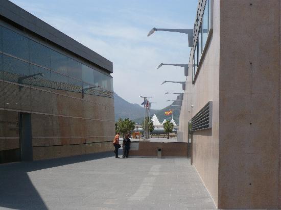 การ์ตาเฮนา, สเปน: Am Museum für Unterwasser-Archäologie (Eingang rechts hinter der Mauer schiefe Ebene hinunter)