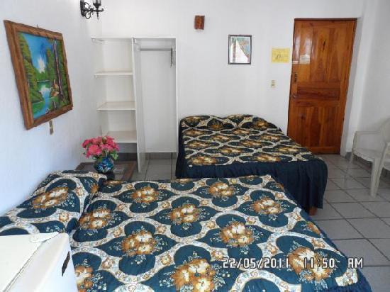 Hotel Posada Lily: Habitacion con Balcon