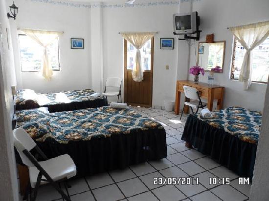 Hotel Posada Lily: Habitacion de 5 a 6 personas