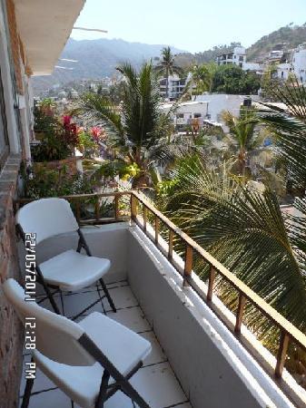 Hotel Posada Lily: Balcon con vista a la ciudad