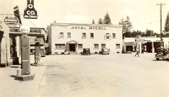 Historic Hotel McCall