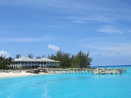 Club Med Columbus Isle : Ristoranti e zona sport acquatici