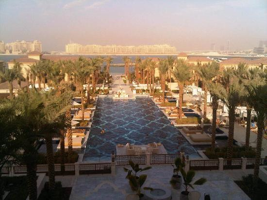 One&Only The Palm Dubai: the pool