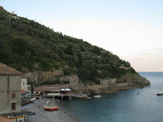 Hotel La Certosa: vista sinistra