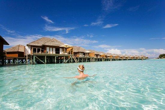 Vakarufalhi Island Resort: Water Villa Exterior