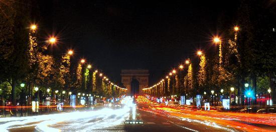 Photo Tours In Paris: Arc du Triomph