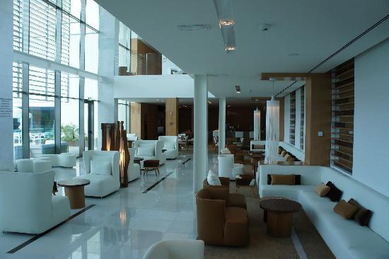 Onyria Marinha Edition Hotel & Thalasso: HALL Y CAFETERIA