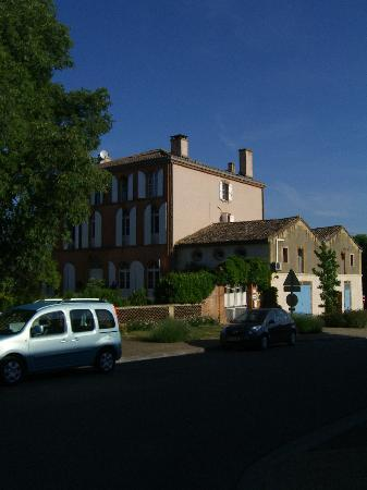 Au Chateau: Just such a stunning stress free place to stay..