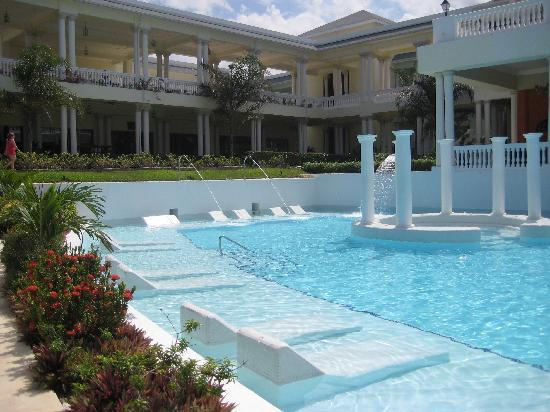Grand Palladium Jamaica Resort & Spa: Pool
