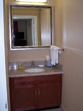 Residence Inn Tempe: Bathroom #1.