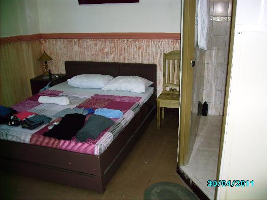 Molave Hotel: Double Bed