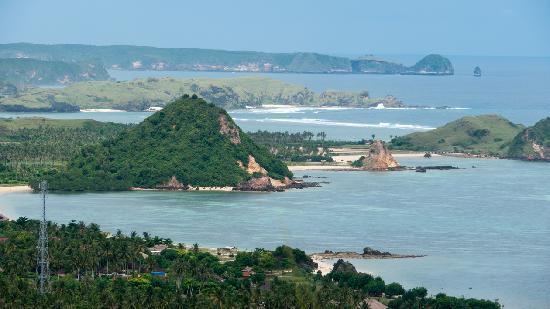 Yuli's Homestay : Kuta coastline