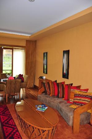 Tambo del Inka, A Luxury Collection Resort & Spa, Valle Sagrado: Couch