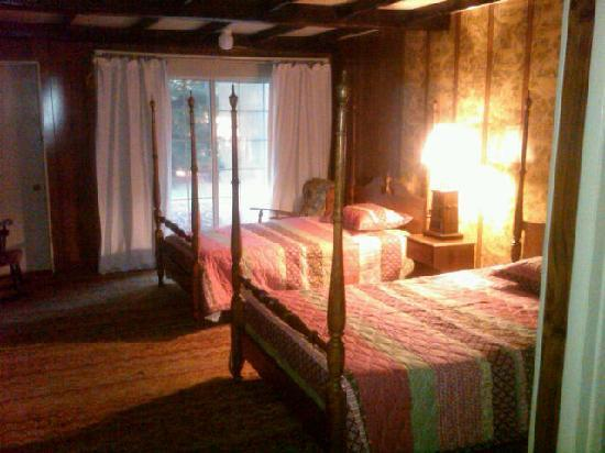 Pocono Mountain Hotel