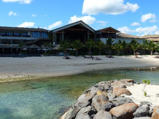 InterContinental Mauritius Resort Balaclava Fort: Vue de l'hôtel côté plage