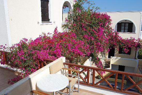 Antonia Hotel Santorini: My Balcony
