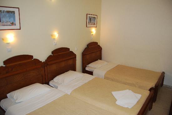 Antonia Hotel Santorini: A choice of beds