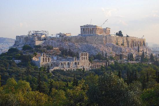 Arethusa Hotel: The Acropolis nearby