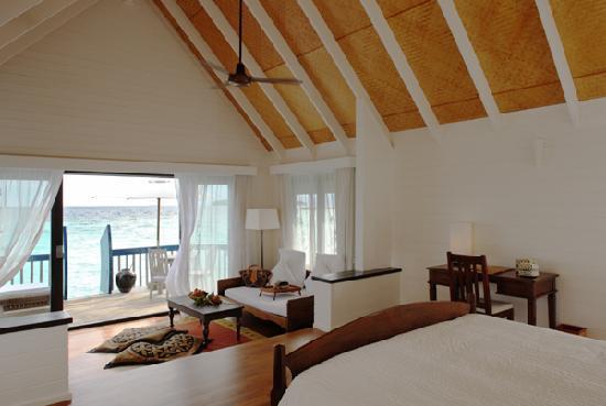 Cocoa Island by COMO: Dhoni Suite Interior