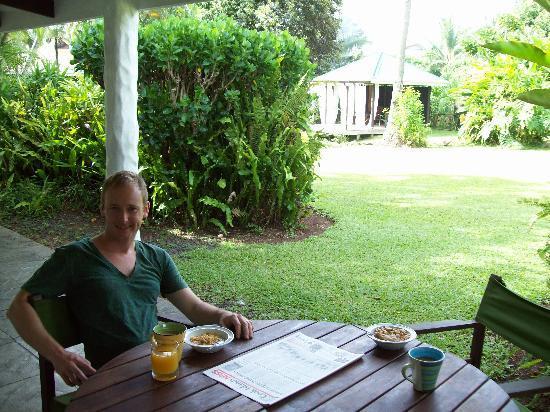 Muri Beachcomber: The villa's deck
