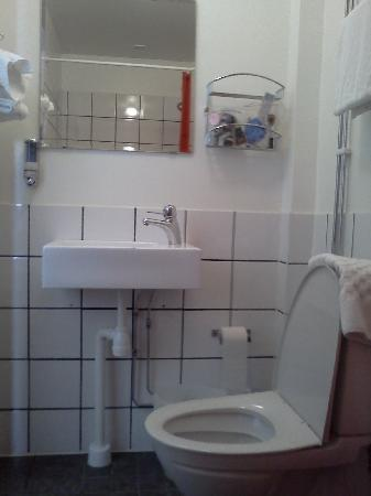 First Hotel Norrtull: Loo