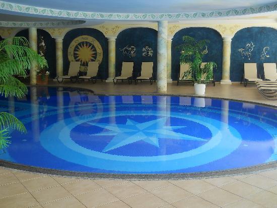 Hotel Schwarzenstein: Particolare della piscina coperta