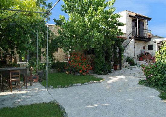 Kathikas, Cypr: Loxandra Inside