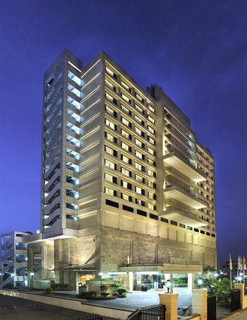 Holiday Inn New Delhi Mayur Vihar Noida: Facade