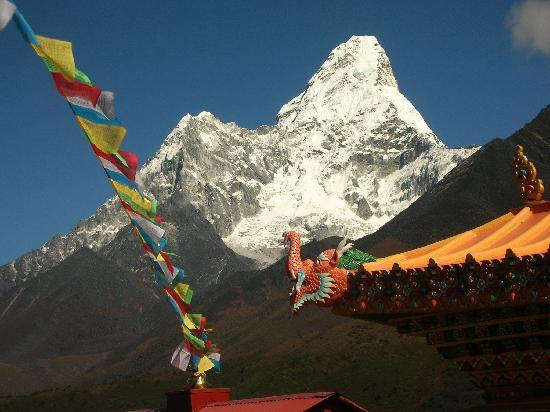 Himalaya Heart Treks & Expeditions: Amadablam - one of the great views you can see on trek in the Everest region