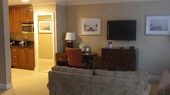 Doubletree by Hilton Hotel Tarrytown: Suite Pic 1