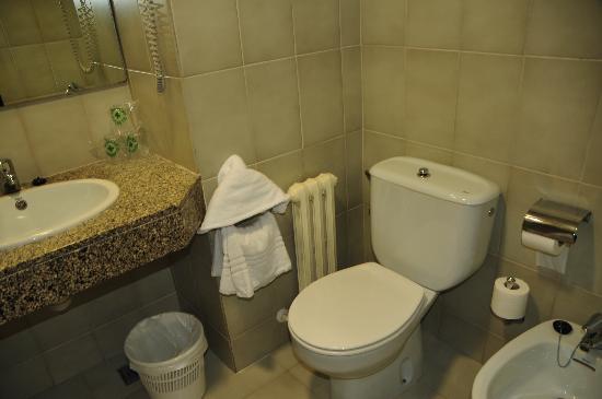 4R Playa Park : bathroom