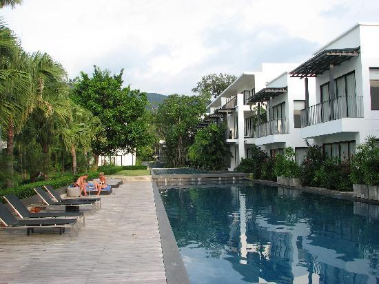 The Chill Resort & Spa, Koh Chang: Vom Strand her gesehen