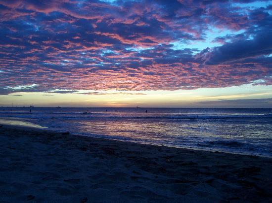 Hotel Surf Camp Mediterraneo: tramonto a tamarindo