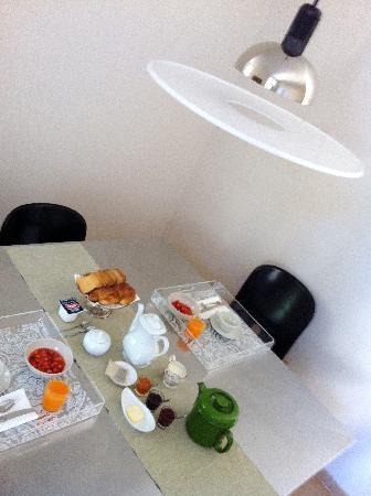 B&B Via Stampatori: breakfast for two