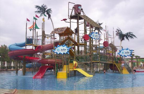 Yavor Palace: action waterpark