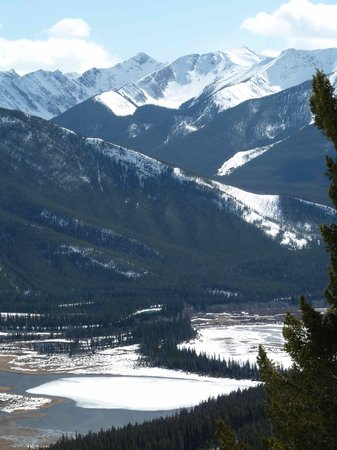 Blue Sky Tours: More Banff Beauty