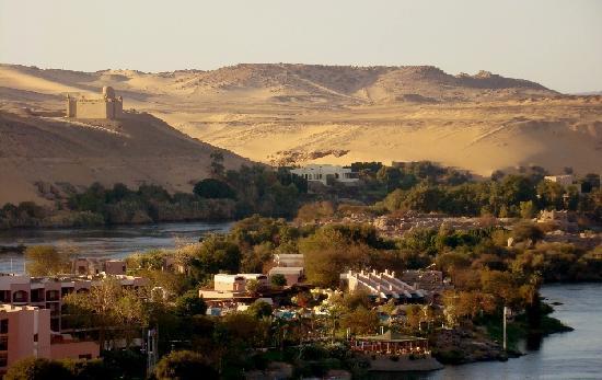Assouan, Égypte : Blick auf den Nil bei Assuan