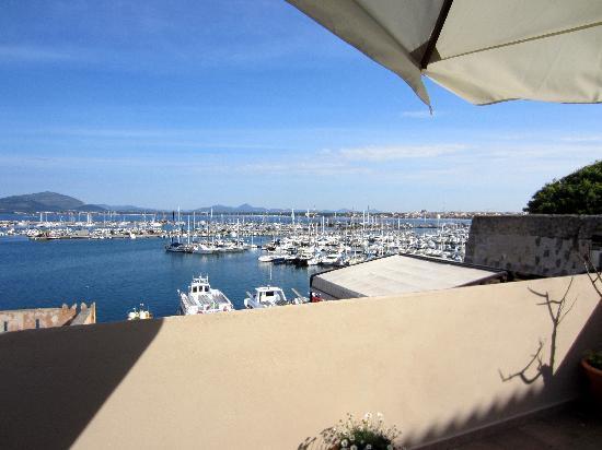 La Terrazza Sul Porto Guest House: La vista dalla terrazza