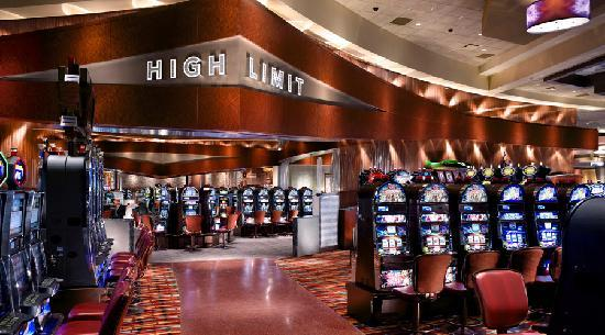Durant, OK: We have more than 4,000 exciting slot machines