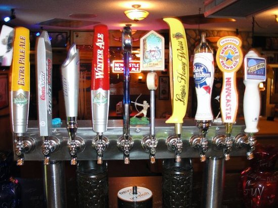 The Cove Pub: tasty tap beers!