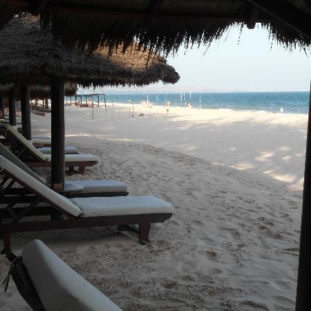 Cham Villas: Beach chairs