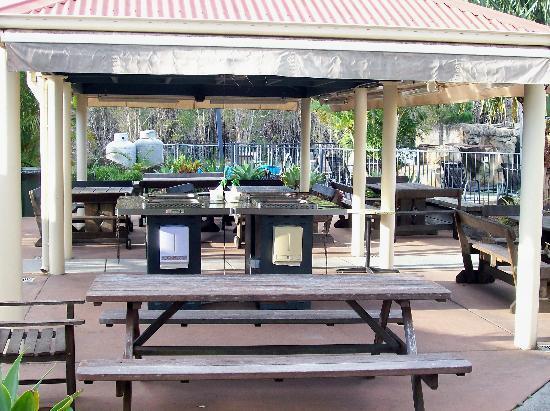 Tamarind Sands: BBQ area