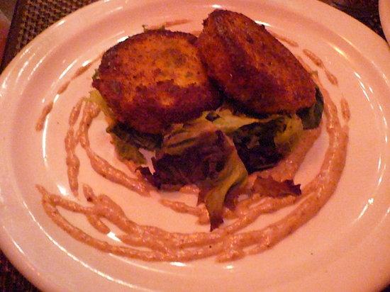 Salud Bistro: Crab Cakes
