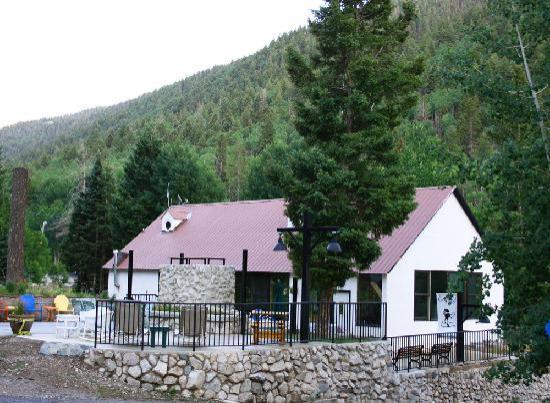 Columbine Inn & Conference Center: Dining Room / Retreat Center