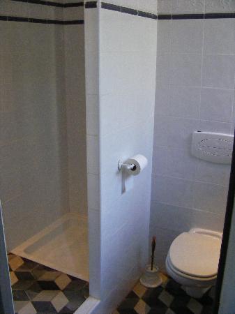 Les glycines : La salle de bains