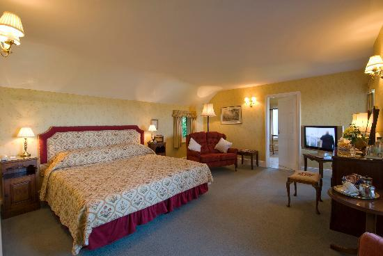 Porlock, UK: All rooms have sea view