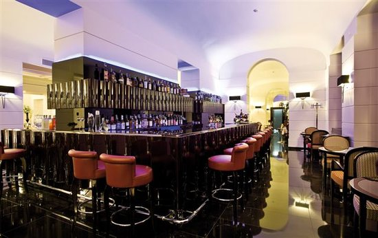 Grand hotel via Veneto: Time Restaurant & Wine Bar