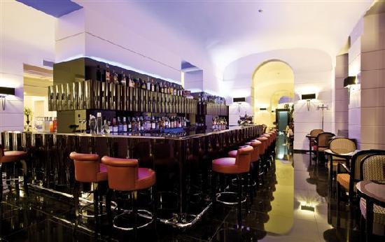 Grand Hotel Via Veneto: Time Seafood Café and Wine Bar